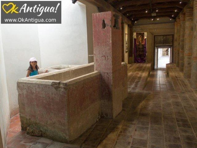pila, antigua guatemala