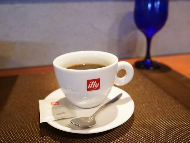 【モンターレ】食後のコーヒー