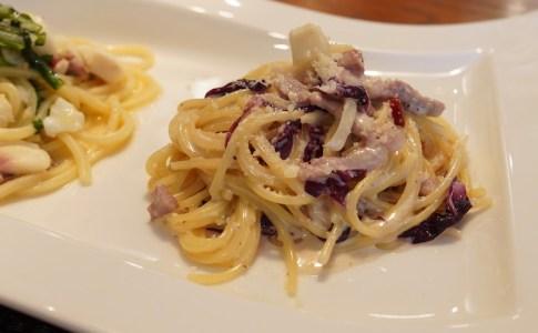 【Osteria la Ricetta】パンチェッタとトレビスのクリームソース