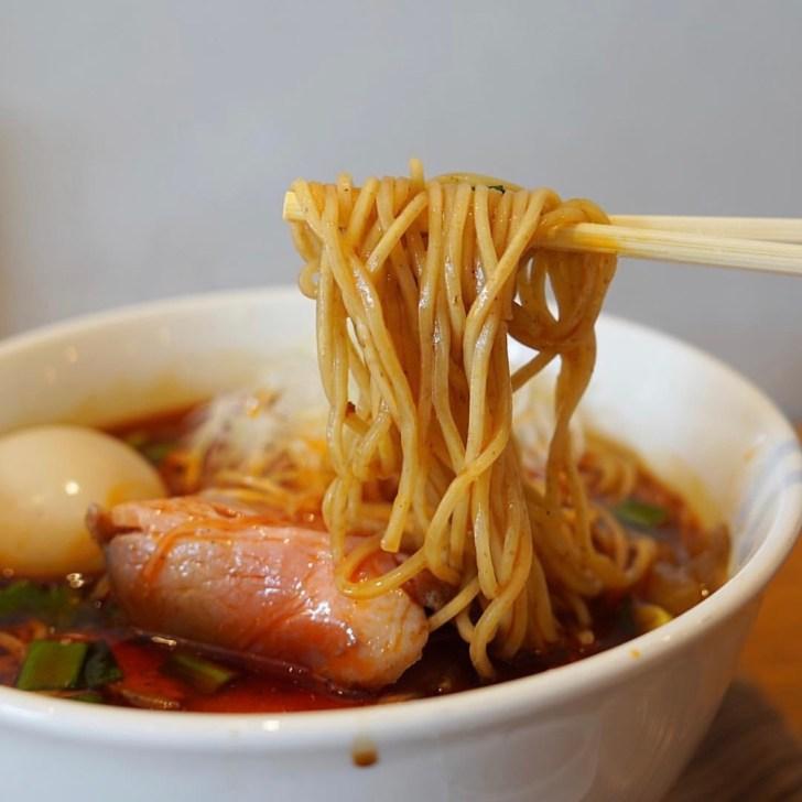 【PIRIKO(ピリ虎)】麺