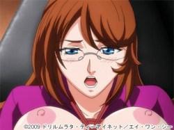 【女医・レイプ】欲求不満の美人女医が拘束され、目の前で濃密なセックスを見せられて、やがて自ら「オチ〇ポを挿れて!」と懇願する!!