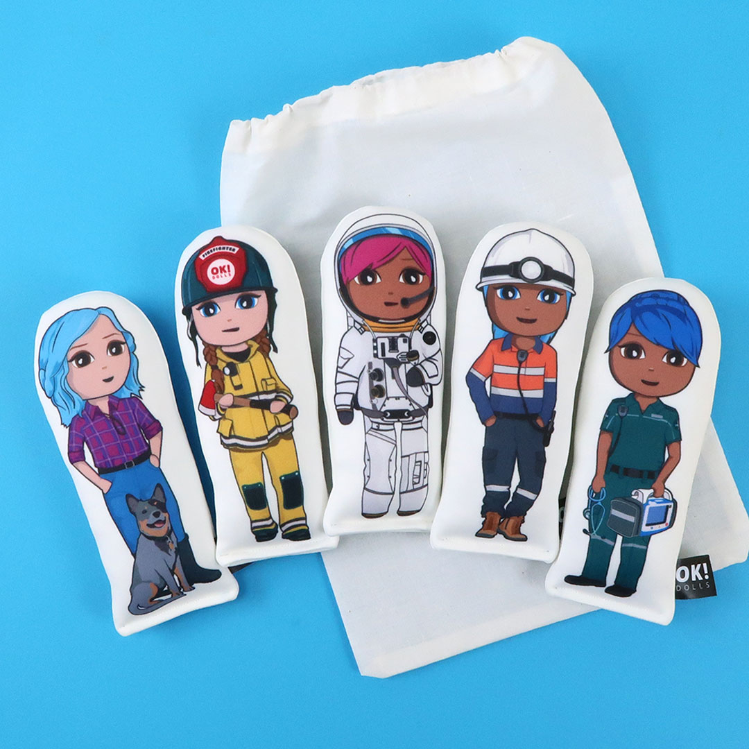 OKMini squad of five dolls
