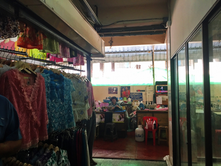 If you fancy tailored clothes, the Warorat Market is the place to go in Chiang Mai.
