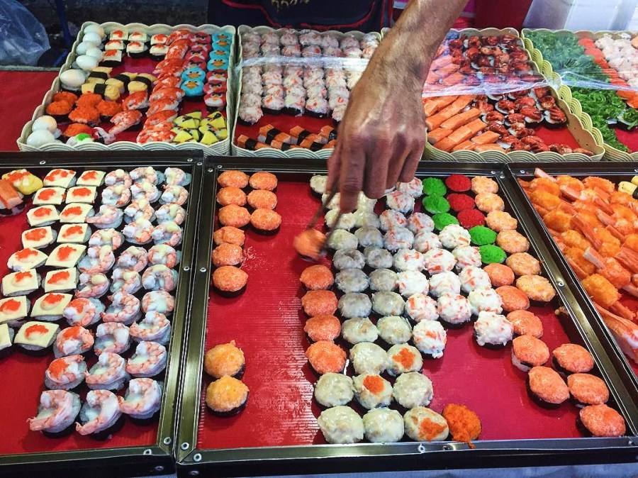 Sushi at Ayutthaya night market, street food, Thailand, culture, Southeast Asia