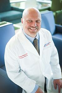 Dr.-Hoelscher-small
