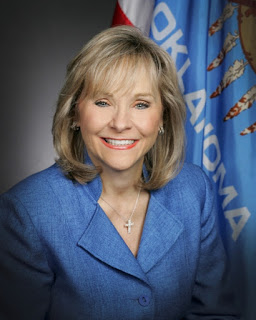 MuskogeePolitico: Fallin Applauds House, Senate JCABs for passing Tax-and-Spend bills