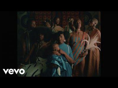 [Video] Juls ft. Santi & Tiggs Da Author – Maayaa