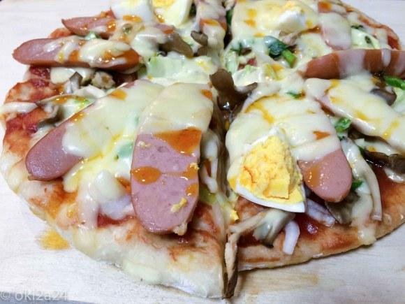 捏ねないピザ生地のピザ!いただきます!