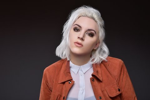 Interview with Scarlet Baxter (Country Artist)