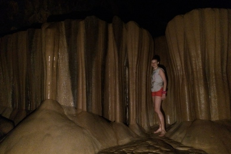 Sagada, jaskinie