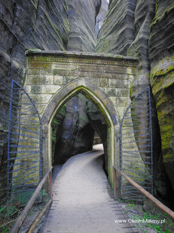 brama gotycka, Skalne Miasto