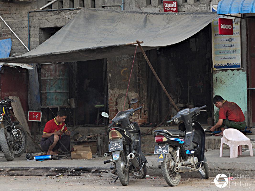 Mandalaj Okiem Maleny Birma 01