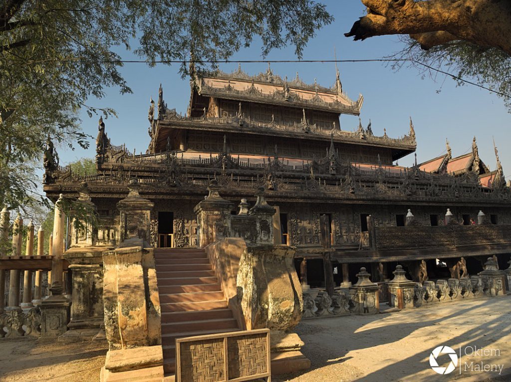 Mandalaj Okiem Maleny Birma Klasztor Shwenandaw