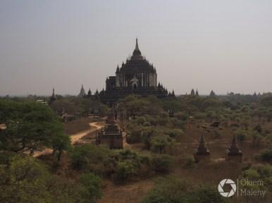 Świątynia Thatbyinnyu w Bagan