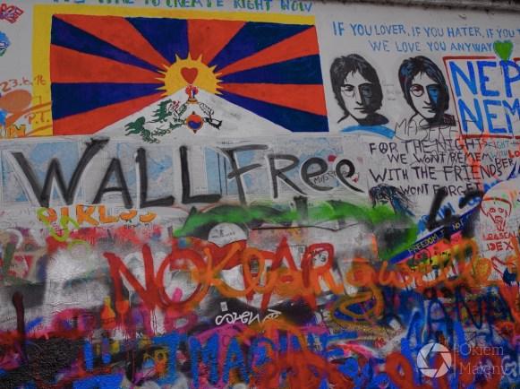 Praga, Mala Strana, ściana Johna Lennona