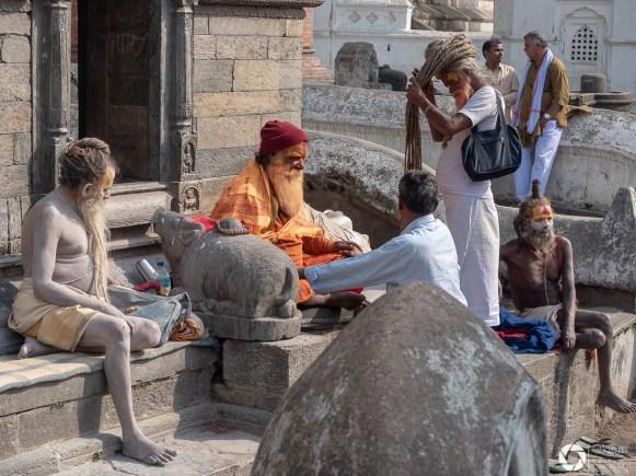 sadhu w Pashupatinath, Katmandu