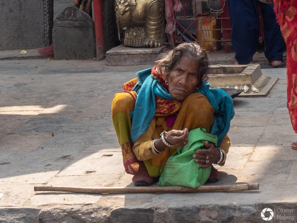 Kobiety Nepalu , targ Asan