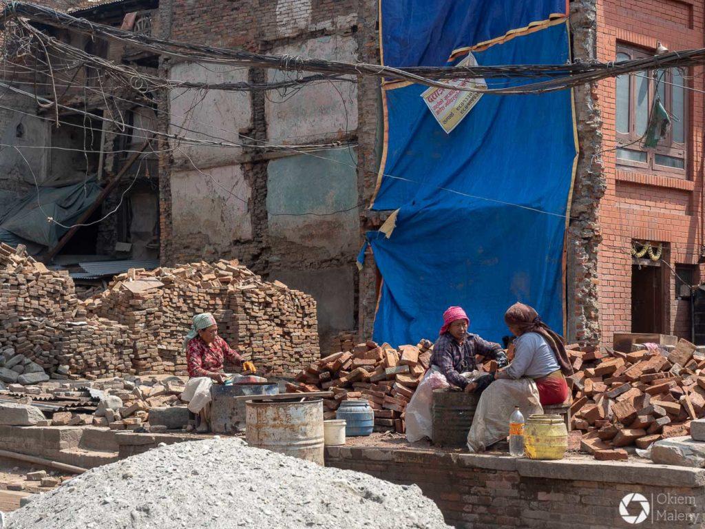 Kobiety odbudowują Nepal