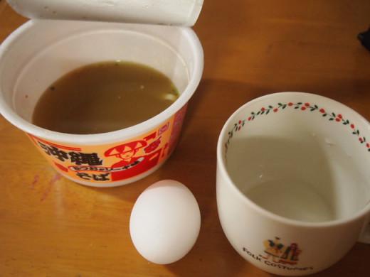 沖縄そば茶碗蒸し