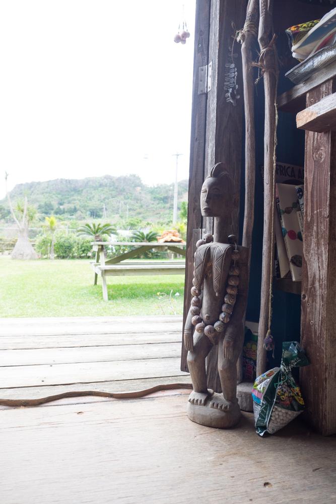 バリ島にいそうな人形