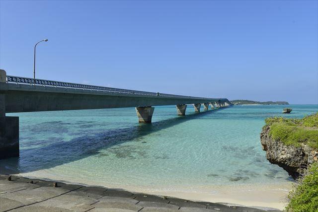 宮古島の定番観光スポットをぐるり一周できる観光バスツアー|これさえ乗ればほぼ完ぺき!