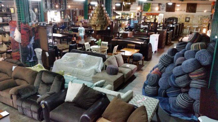 Oasis Furniture   Okinawa Hai!