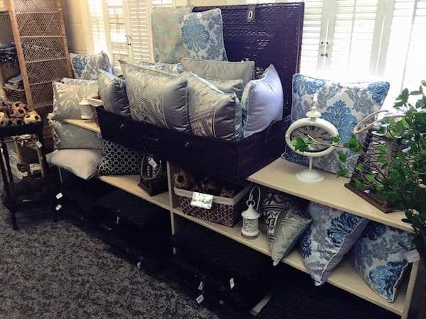 MARINE Gift Shop-002