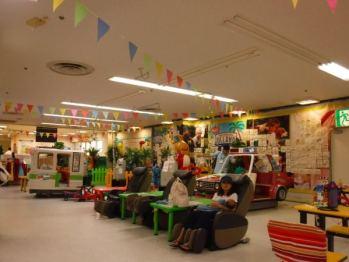 us-land-indoor-play-park-004