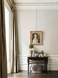 common paint colors for living rooms accessorize my room designer tips picking the perfect trim color photo by lesley unruh