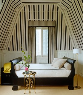 decorating with a daybed your
