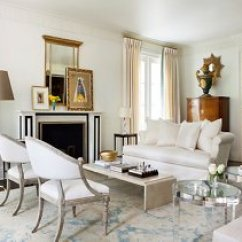 Living Room Furniture Atlanta Amazon Inside Suzanne Kasler S Stunningly Serene Home One Kings Throughout The A Restrained Palette Unifies Mix Of Styles And Eras Lucite