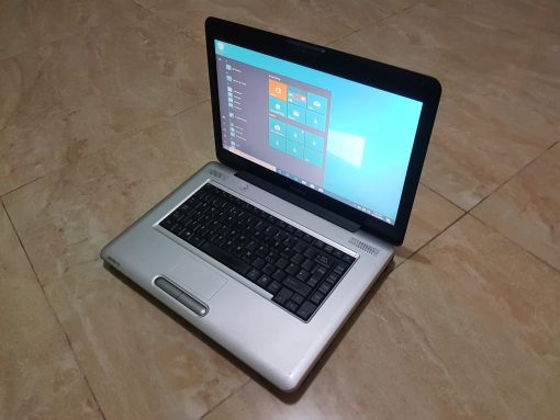 Slightly used Toshiba Satellite Pro.L450 with keyboard light laptop for sale in Accra Ghana