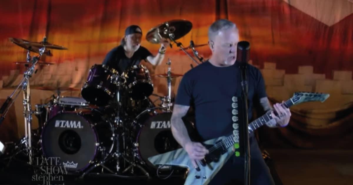 "Metallica toca ""Battery"" na TV americana; assista"