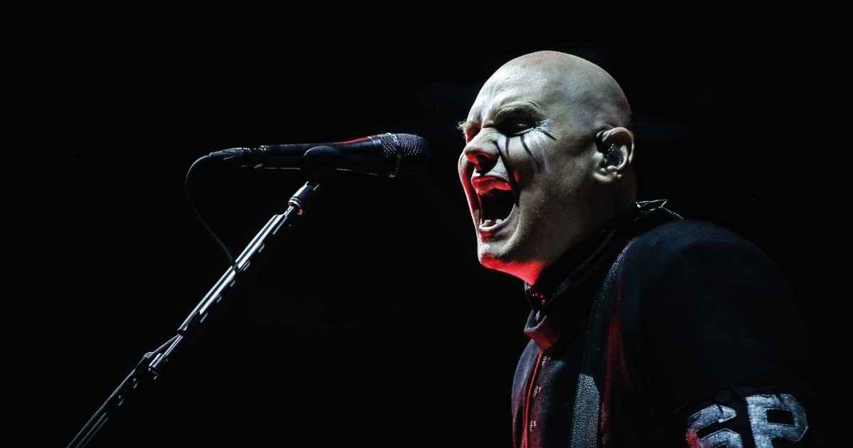 "O jogo virou: ""Agora o visual de vampiro está na moda"", diz Billy Corgan"