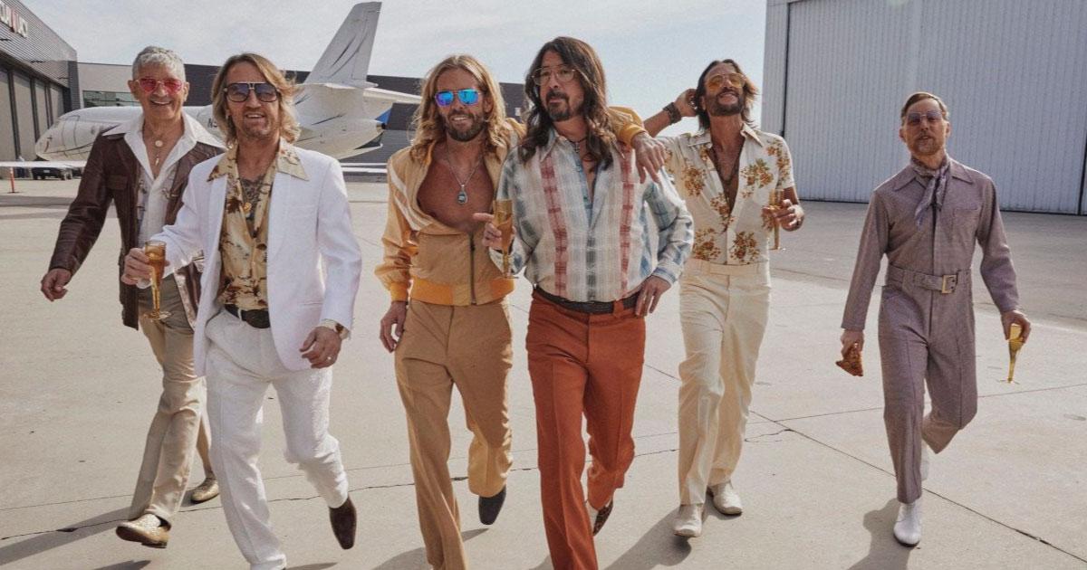 Foo Fighters anuncia álbum com covers de Bee Gees