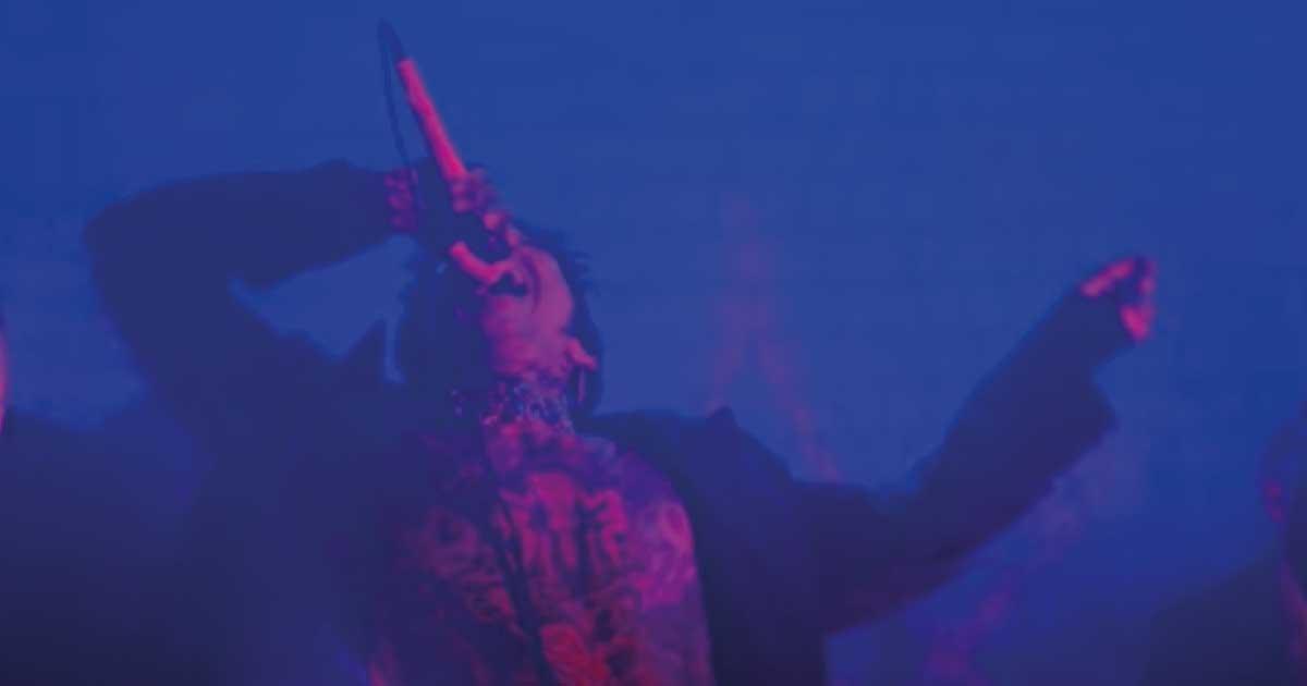 """Bring Me the Horizon canta sobre """"obsessões tóxicas"""" em novo single"""