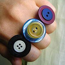 Ringar av knappar