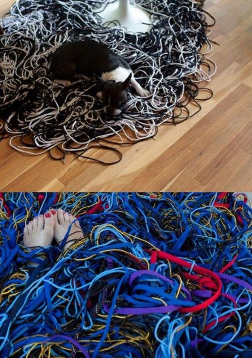shoelaces-rug