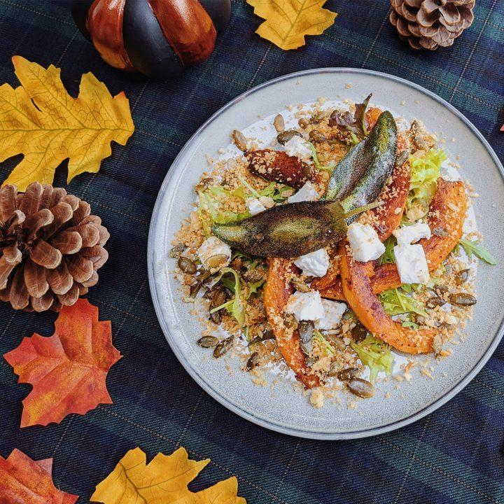 Oktoberdots-Geroosterde-pompoen-met-geitenkaas