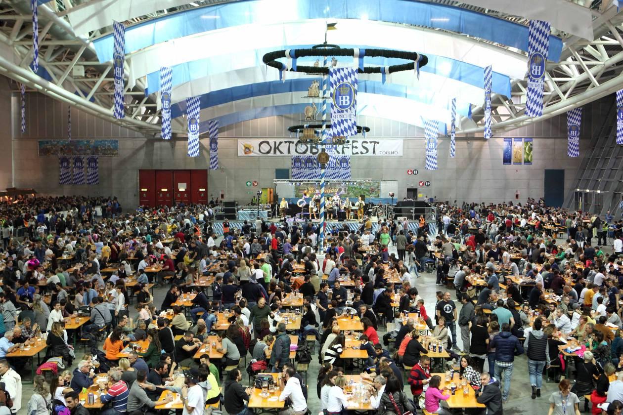 Il Padiglione della birra più grande del mondo è a Oktoberfest Torino