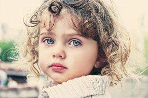 m 2 300x199 - Kara Gözlülerin Çocuğu Nasıl Mavi Gözlü Olabilir?