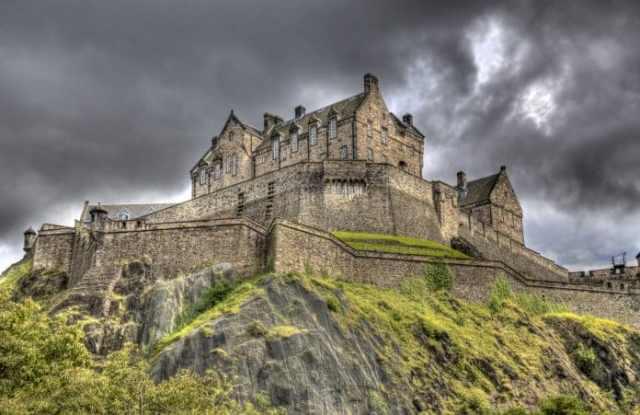 Edinburgh Kalesi - İskoçya Hakkında Bilgiler
