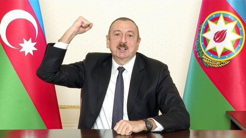 Azerbaycan' dan Tarihi Jest