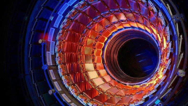 CERN, Büyük Hadron Çarpıştırıcısı'nın Verilerini Paylaşacak