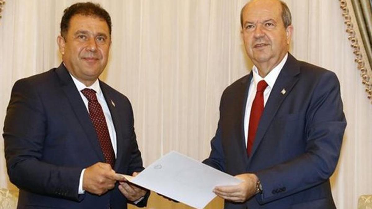 KKTC'de hükümet krizi çözüldü: Yeni başbakan Ersan Saner, OkuGit.Com - Tarih, Güncel, Kadın, Sağlık, Moda Bilgileri Genel Bloğu