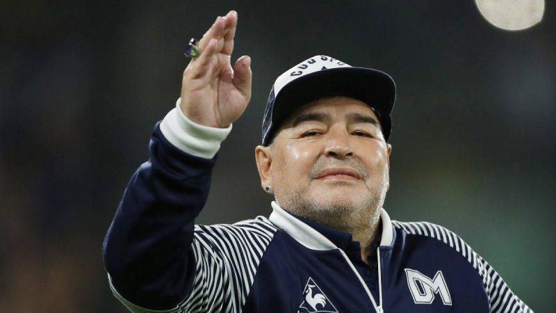 Maradona'nın çocukları miras için kavga ediyor