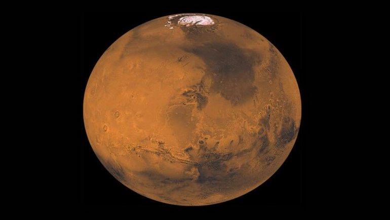 Bilim İnsanları, Mars'ın Garip Bir Hareketini Keşfettiklerini Duyurdular, okugit