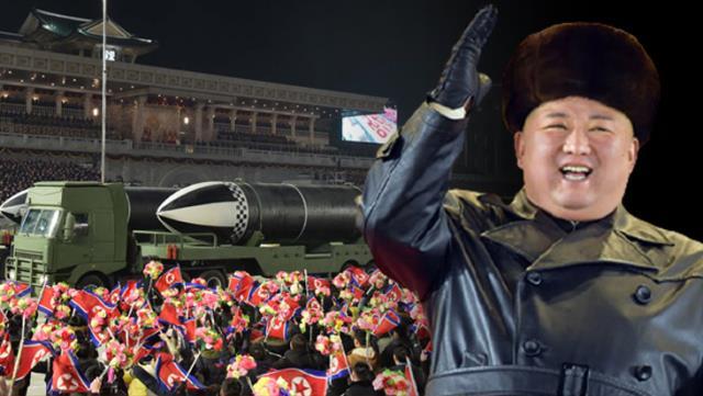 kuzey kore lideri kim jong undan abdye gozdagi dunyanin en guclu silahi devlet kanalinda tanitildi 4 3Kxiy1xC - Kuzey Kore lideri Kim Jong-Un'dan ABD'ye gözdağı: Dünyanın en güçlü silahı devlet kanalında tanıtıldı