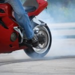 motorcycle-stunter-tyre-burnout-1301095-m