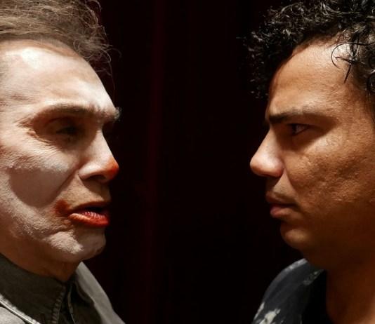 Dedé Santana e Fioravante Almeida contracenam em peça 'Palhaços', sob direção de Alexandre Borges — Foto: Tatiana Coelho/Divulgação